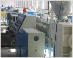 Pre-stressing plastic corrugated production line