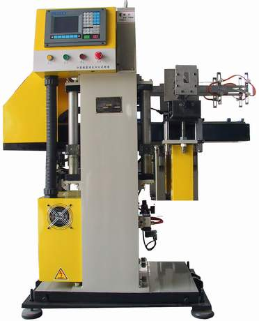 In-Mould Labeling Machine